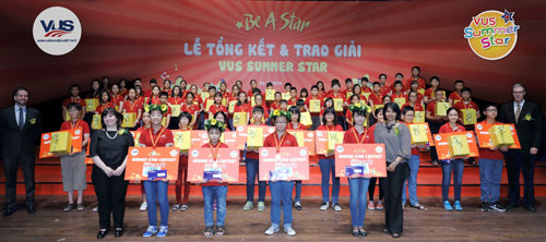Hơn 200 học viên của Hệ thống Anh văn Hội Việt Mỹ (VUS) được vinh danh - 1
