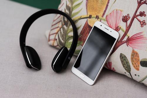 OPPO F1s, Samsung Note 7 chưa bán đã cháy hàng - 4
