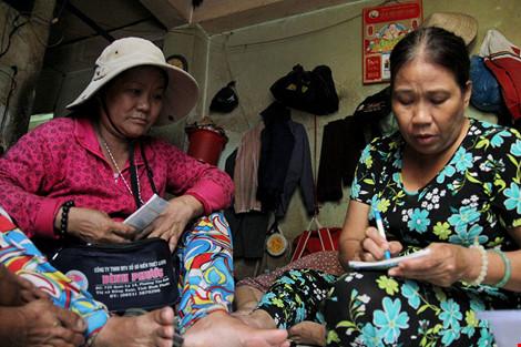"""Cuộc sống của """"đại gia đình"""" 37 người bán vé số ở Sài Gòn - 6"""