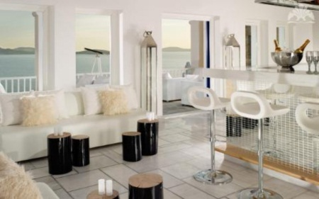 Trốn nóng ở 10 khách sạn ven biển đẹp nhất châu Âu - 11