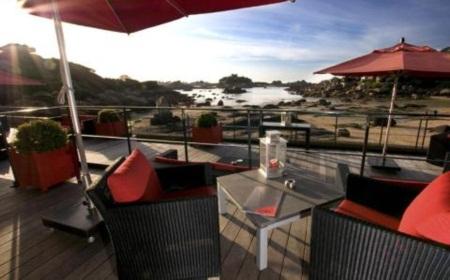 Trốn nóng ở 10 khách sạn ven biển đẹp nhất châu Âu - 9