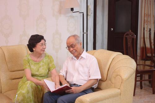 Ngưỡng mộ tình yêu của vợ chồng già suốt 60 năm qua - 2