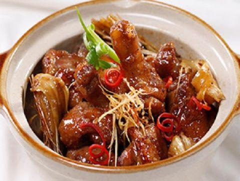 Đổi món cơm trưa với đùi vịt kho măng khô ngon tuyệt - 3