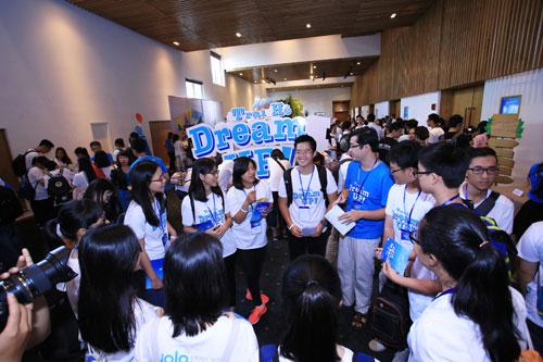 Hơn 150 học sinh tài năng được truyền cảm hứng nuôi dưỡng ước mơ - 1