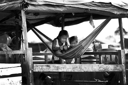 Chuyện khó tin ở một xóm toàn Việt Kiều - 14
