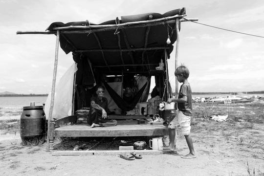 Chuyện khó tin ở một xóm toàn Việt Kiều - 3