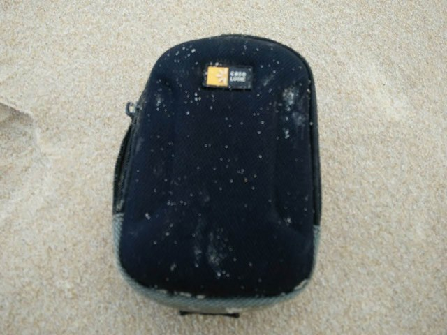 Malaysia phớt lờ 160 đồ đạc được cho là của MH370 - 3