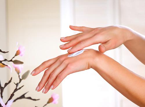 5 bước làm đẹp móng tay an toàn, tiết kiệm - 5