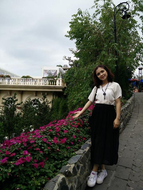 Cuộc sống thảnh thơi thoải mái của chị gái Hòa Minzy - 4