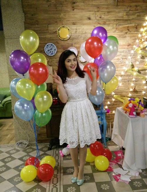 Cuộc sống thảnh thơi thoải mái của chị gái Hòa Minzy - 6