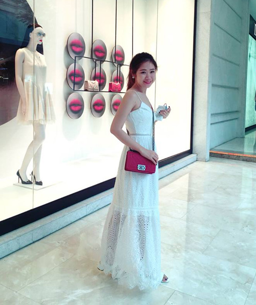 Em gái của bạn trai HH Kỳ Duyên xinh như hot girl - 9