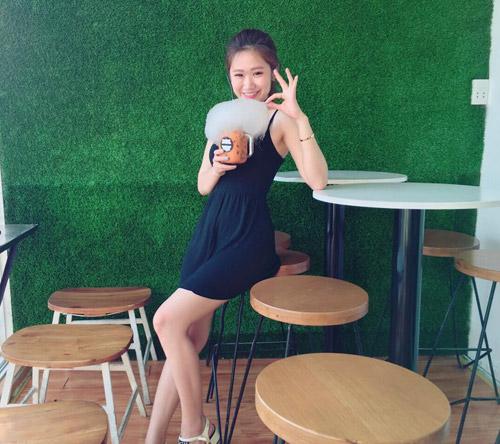Em gái của bạn trai HH Kỳ Duyên xinh như hot girl - 12