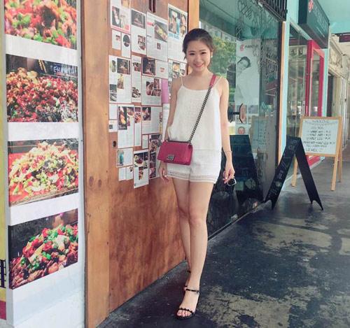 Em gái của bạn trai HH Kỳ Duyên xinh như hot girl - 13