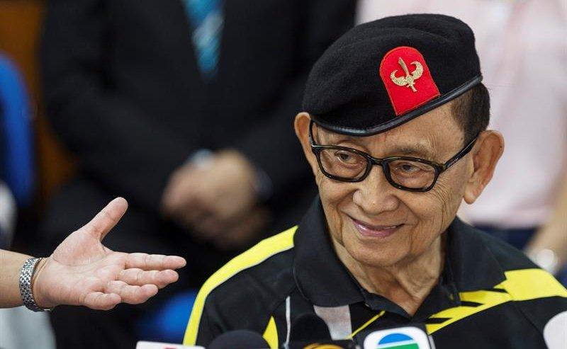 """Trung Quốc """"bắn"""" tin sẵn sàng đối thoại với Philippines - 1"""