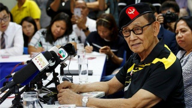 """Trung Quốc """"bắn"""" tin sẵn sàng đối thoại với Philippines - 3"""