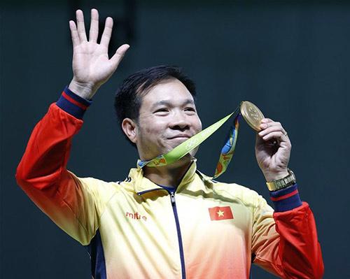 Hoàng Xuân Vinh giành HCB 50m súng ngắn Olympic: Tuyệt đỉnh - 4
