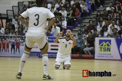 """Tuyển Futsal VN khiến nhà vô địch châu Phi """"toát mồ hôi"""" - 6"""