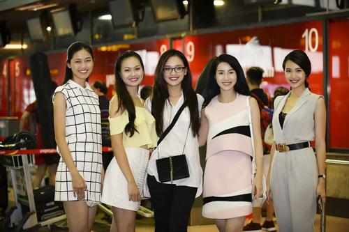 Hình ảnh đời thường mơn mởn của thí sinh Hoa hậu VN - 2