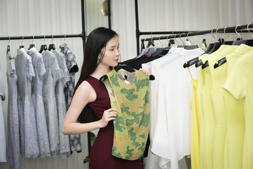 Hình ảnh đời thường mơn mởn của thí sinh Hoa hậu VN - 13