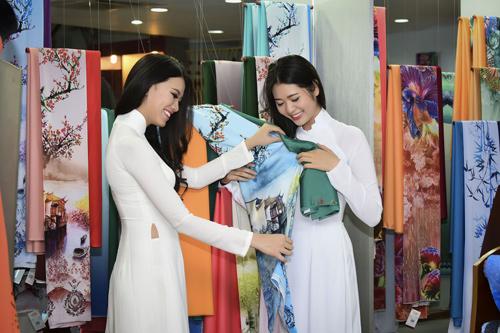 Hình ảnh đời thường mơn mởn của thí sinh Hoa hậu VN - 10