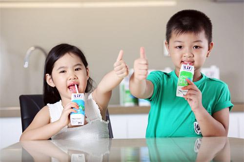 Thực hư sữa tươi gây dậy thì sớm cho trẻ - 1