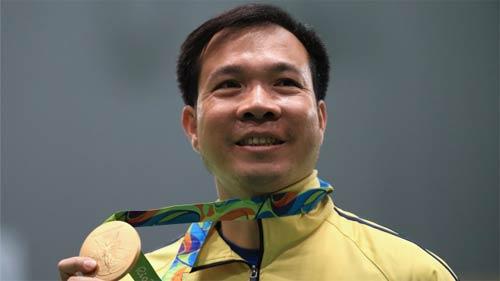 VĐV xuất sắc nhất Olympic: Hoàng Xuân Vinh thứ 7, Phelps số 3 - 1
