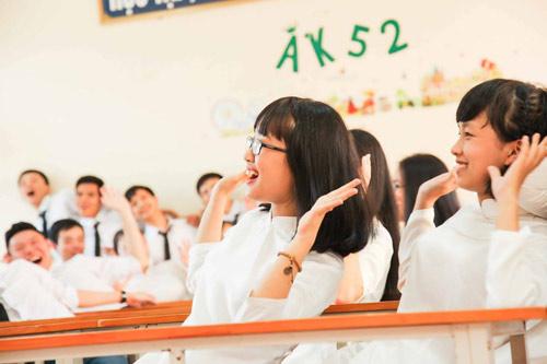 Ảnh kỷ yếu của lớp có 100% học sinh đỗ ĐH ở Nghệ An - 4