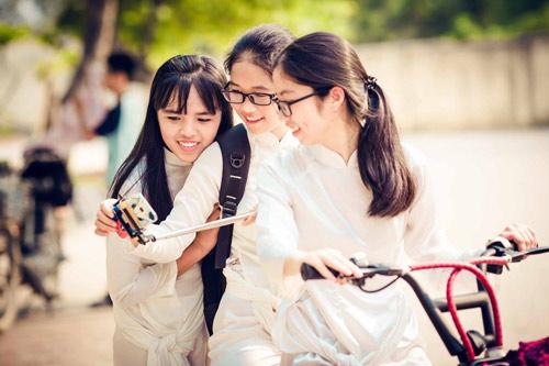 Ảnh kỷ yếu của lớp có 100% học sinh đỗ ĐH ở Nghệ An - 7