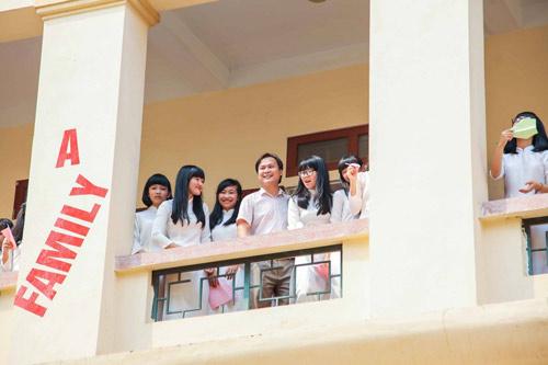 Ảnh kỷ yếu của lớp có 100% học sinh đỗ ĐH ở Nghệ An - 8