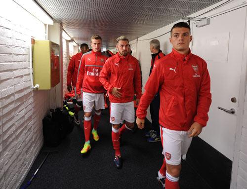 Ozil chán Arsenal: Nỗi ngờ vực về tham vọng - 1