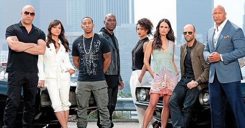 Phim chưa ra mắt, diễn viên Fast & Furious 8 đã lục đục - 5
