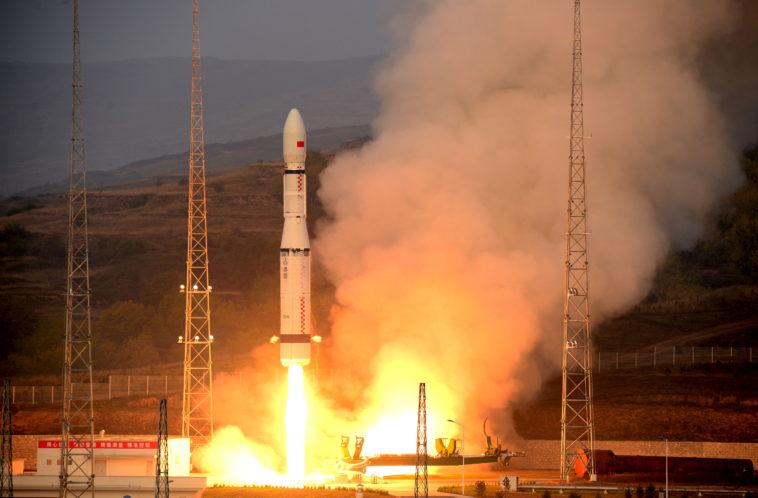 Trung Quốc phóng vệ tinh chụp ảnh siêu nét lên quỹ đạo - 1