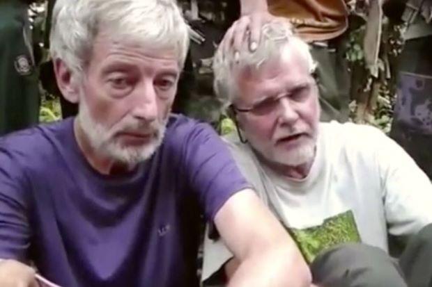 TT Philippines quyết diệt nhóm khủng bố chặt đầu con tin - 3