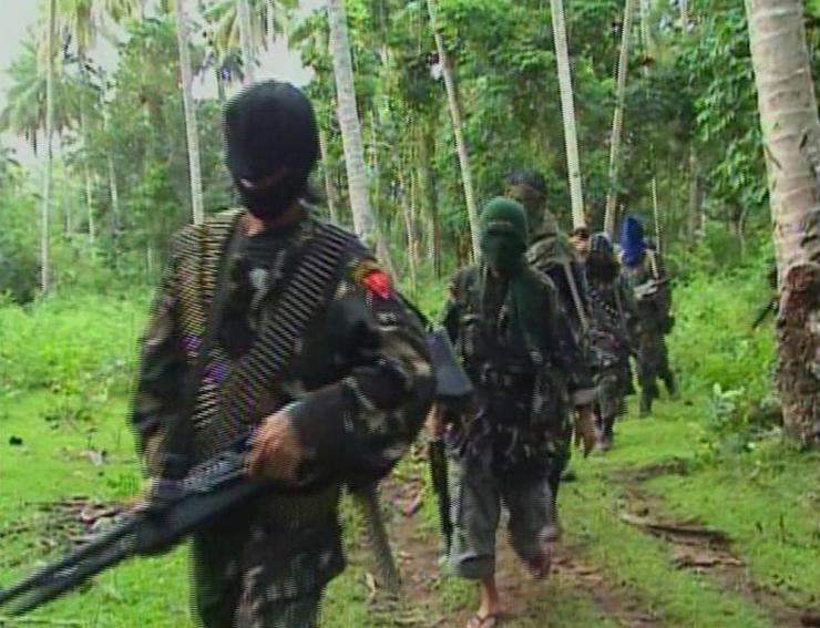 TT Philippines quyết diệt nhóm khủng bố chặt đầu con tin - 4
