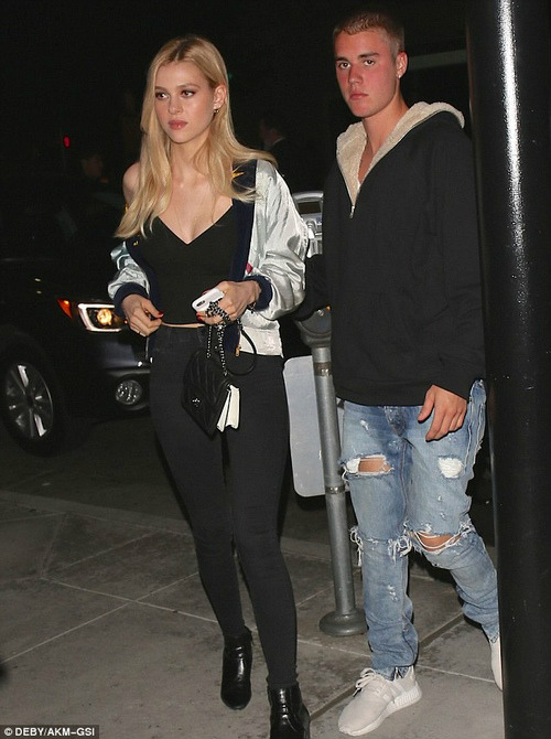Justin Bieber bị nghi qua đêm cùng con gái danh ca Lionel Richie - 5