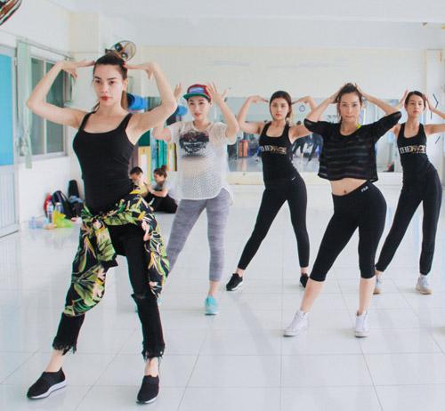 Hà Hồ dạy nhảy cho học trò The Face - 2