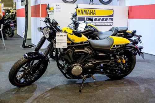 """""""Soi kỹ"""" Yamaha XV950 Racer 2016 bản kỷ niệm và bản màu xám - 1"""