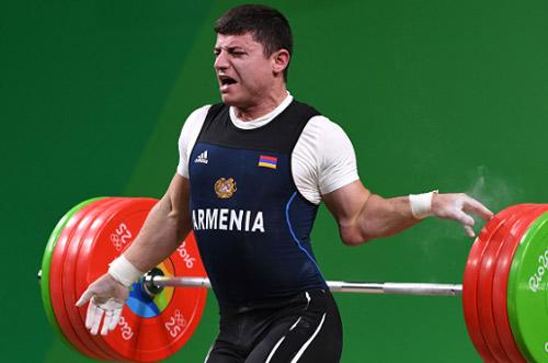 Rợn người cảnh đô cử Olympic bị trật khớp cùi chỏ - 4