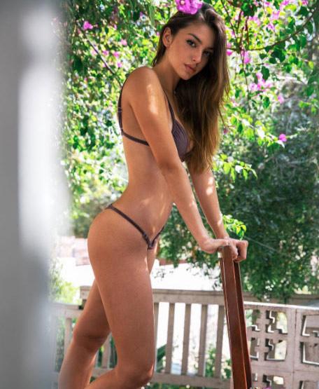 Người mẫu vô danh gây mê triệu fan bằng clip bikini - 4