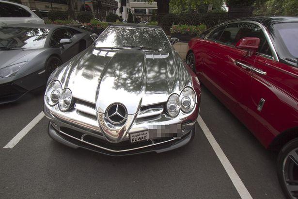 Loạt siêu xe của giới giàu Ả Rập náo loạn London - 2