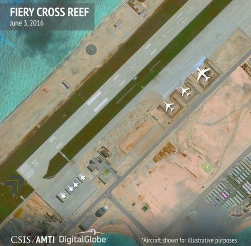 Kế hiểm đằng sau kho chứa máy bay TQ xây ở Biển Đông - 1