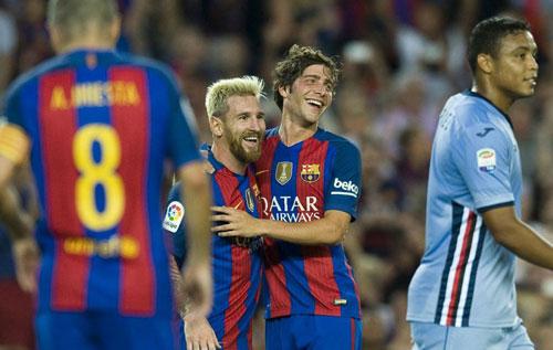 Messi lại rực sáng: Cuộc đua QBV chưa kết thúc - 2