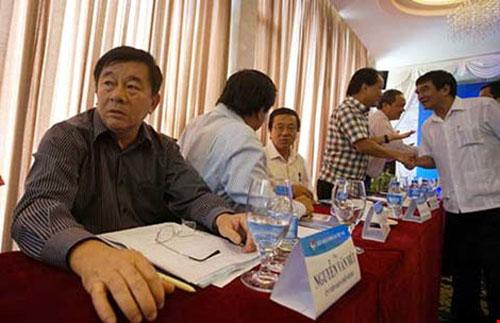 Hội nghị Ban Chấp hành VFF: Giữ được ghế thì… má đã sưng - 1