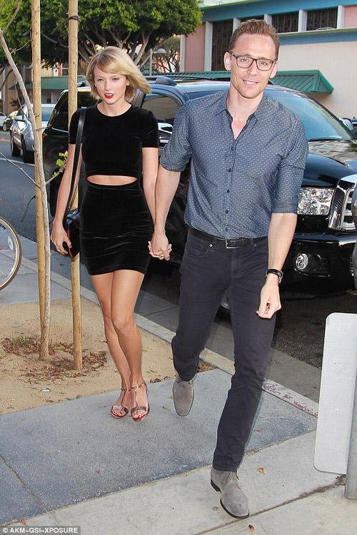 Ngưỡng mộ tình cảm Taylor Swift dành cho bạn trai - 1