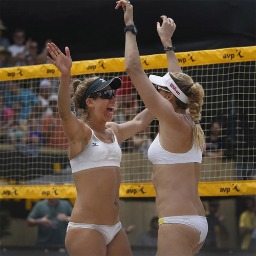 Bí mật sau bộ bikini gợi cảm của cặp vận động viên Mỹ - 9