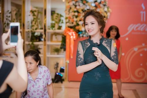 Đan Lê, Minh Hương lộng lẫy mừng Mỹ Linh tuổi 41 - 6