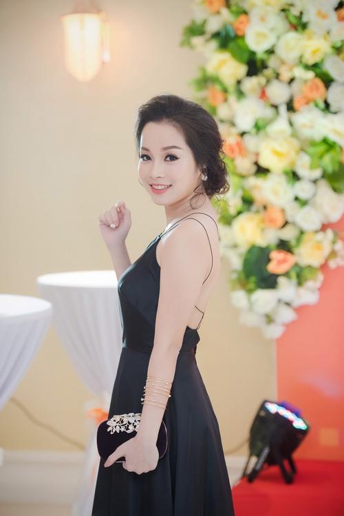Đan Lê, Minh Hương lộng lẫy mừng Mỹ Linh tuổi 41 - 5