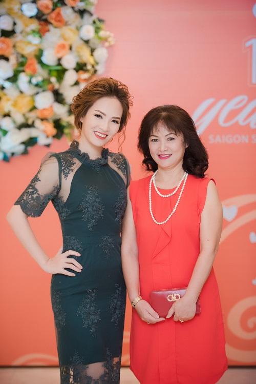 Đan Lê, Minh Hương lộng lẫy mừng Mỹ Linh tuổi 41 - 8