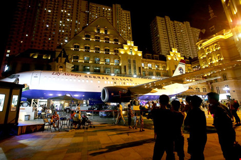 Đại gia TQ chi 5 triệu đô mua máy bay làm nhà hàng - 3