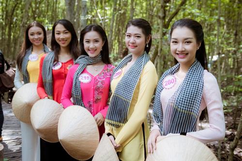 Thí sinh Hoa hậu Việt Nam đẹp hút hồn với áo bà ba - 1
